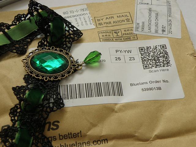 náhrdelník na balíčku